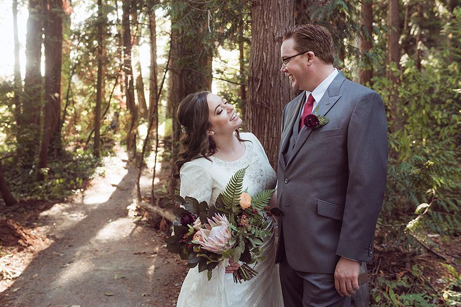 552_104_storytelling-wedding-photographer.jpg