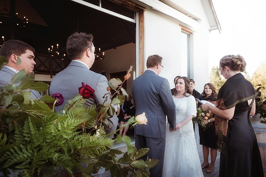 552_168_storytelling-wedding-photographer.jpg
