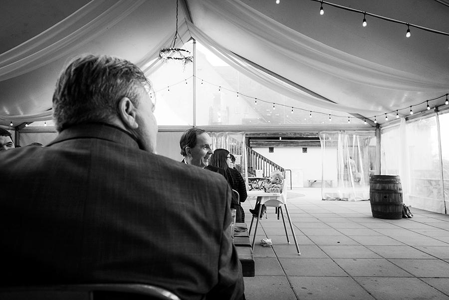 552_245-2_storytelling-wedding-photographer.jpg