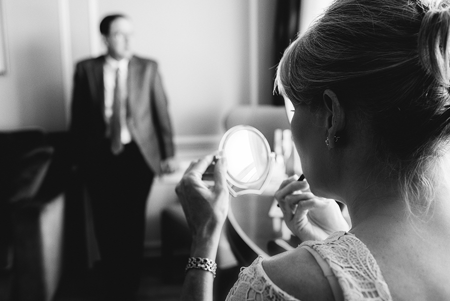 09557_010_storytelling-wedding-photographer.jpg