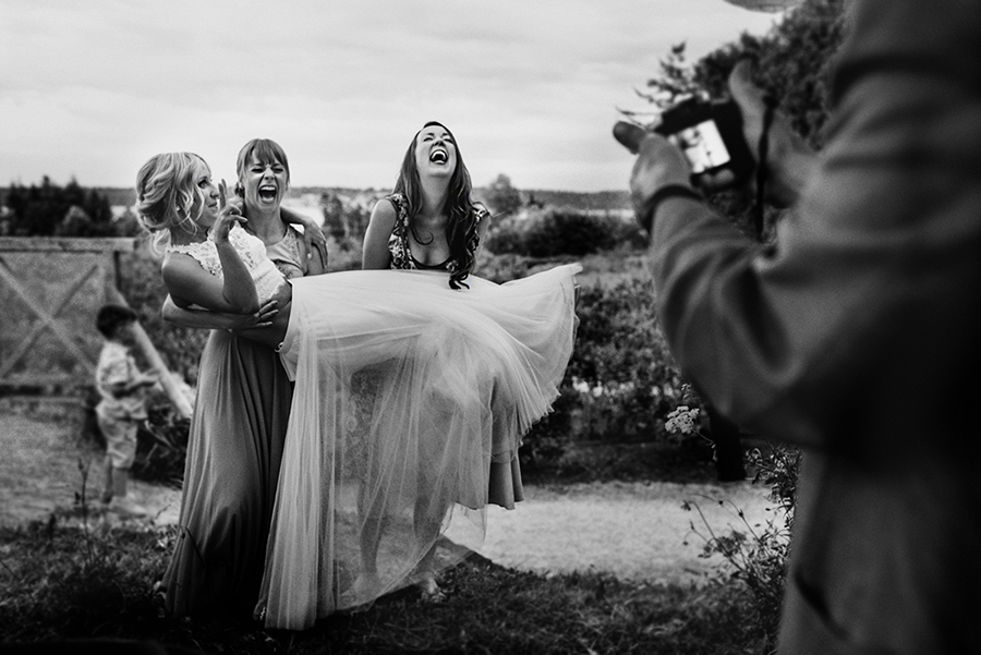 76546_298_victotria-wedding-photographer.jpg