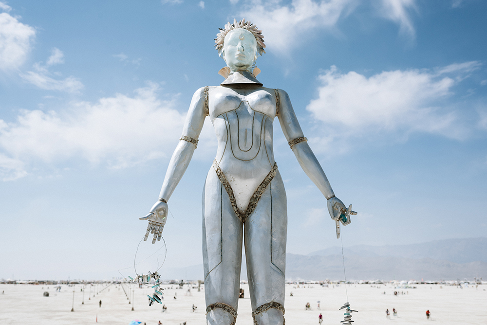 20100_28825_burningman2018_helenecyr.jpg