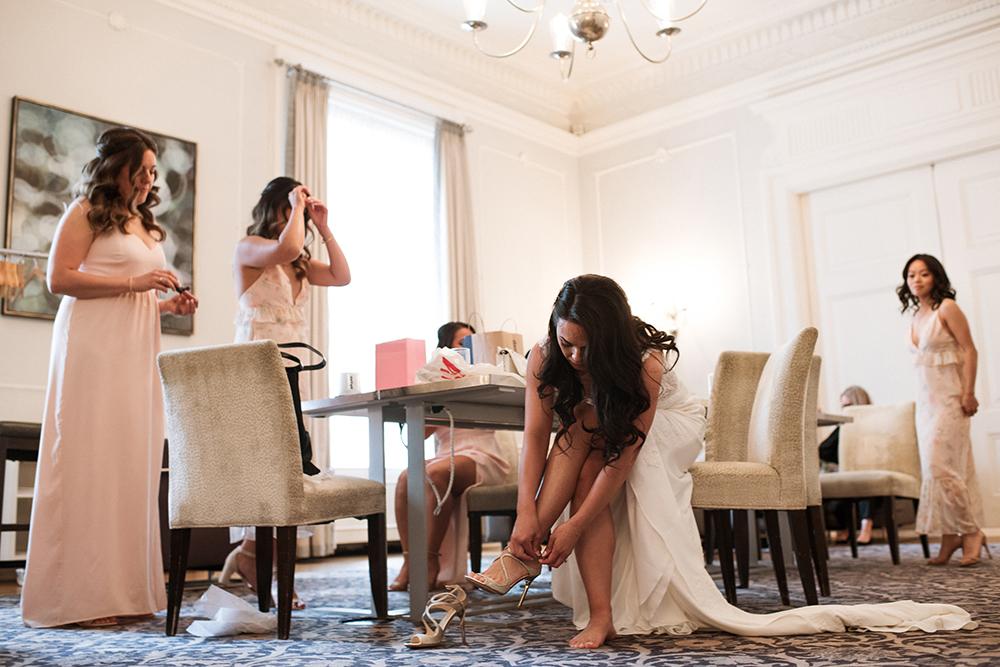 632_046-vancouver-club-wedding-photography-helenecyr.jpg