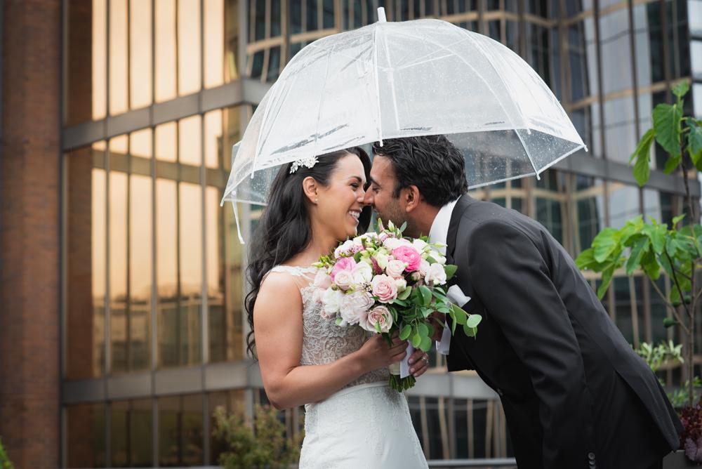 632_067-vancouver-club-wedding-photography-helenecyr.jpg