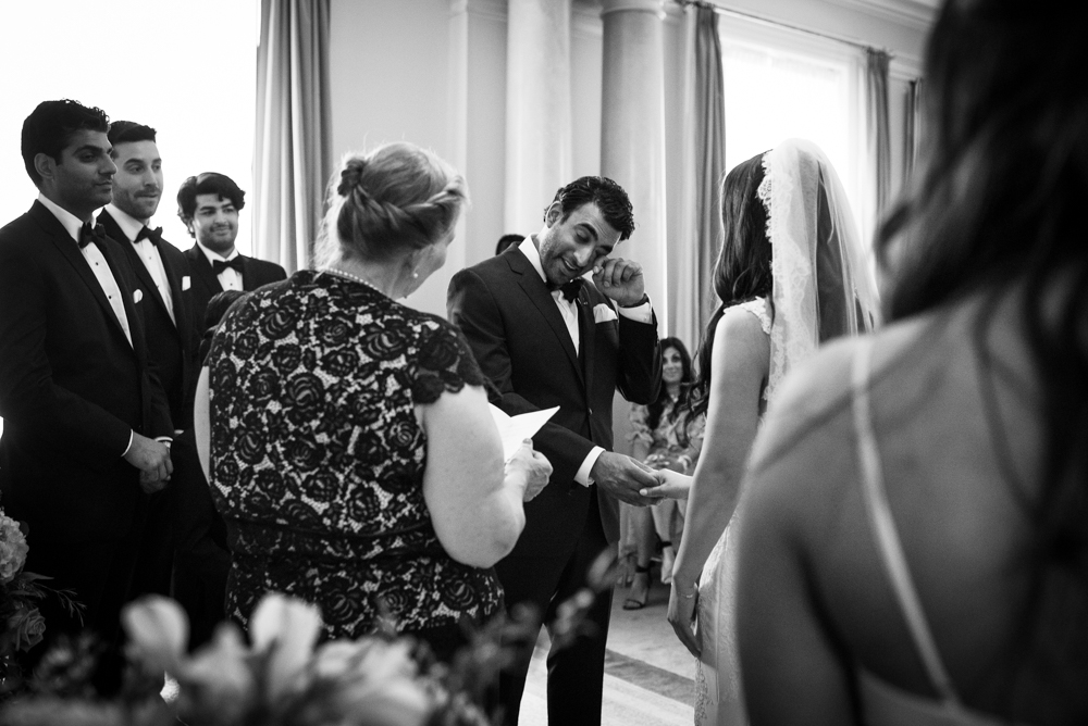 632_207-vancouver-club-wedding-photography-helenecyr.jpg