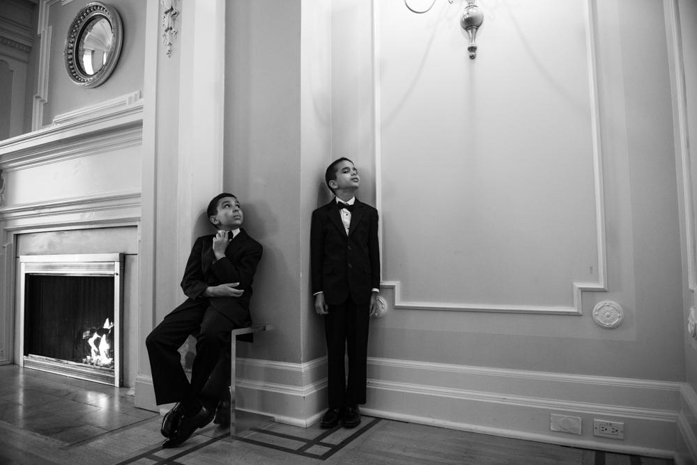 632_252-vancouver-club-wedding-photography-helenecyr.jpg