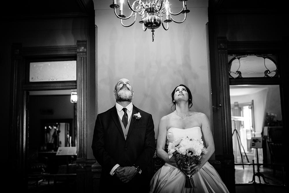 635_202-craigdarroch-castle-wedding-helenecyr.jpg