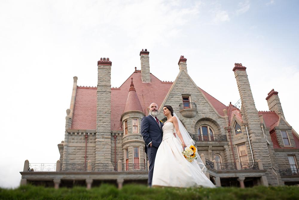 61635_232-craigdarroch-castle-wedding-helenecyr.jpg