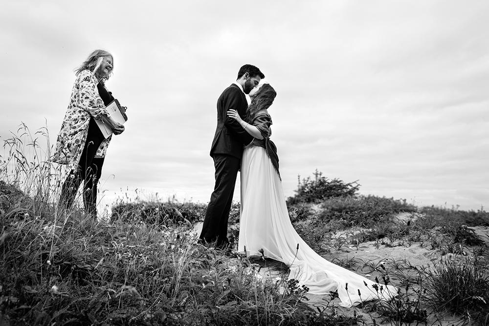 642_182-haida-gwaii-wedding-helenecyr.jpg