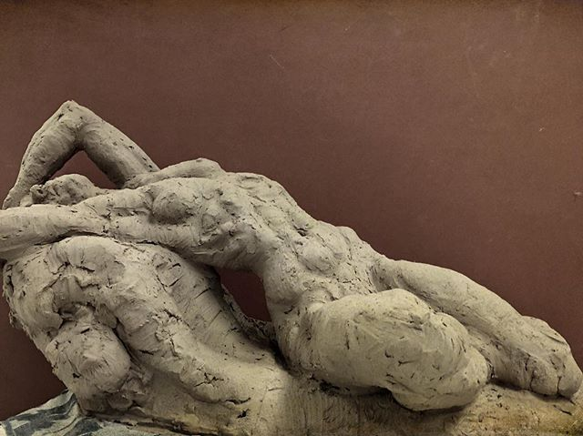 #sculpting #art #clay #figurative #nude