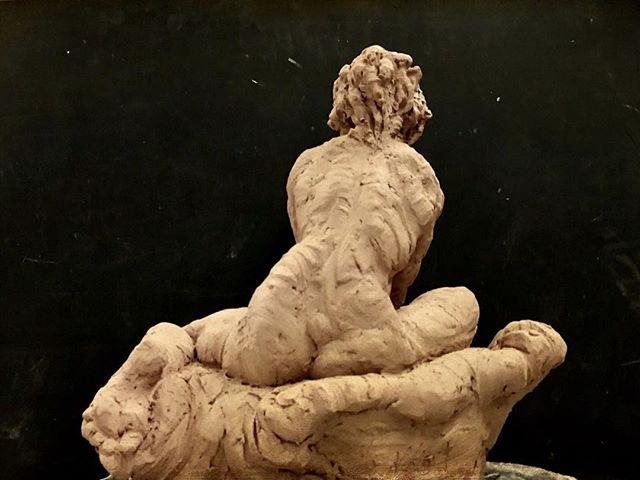 #sculpting #clay #art #figurative #nude