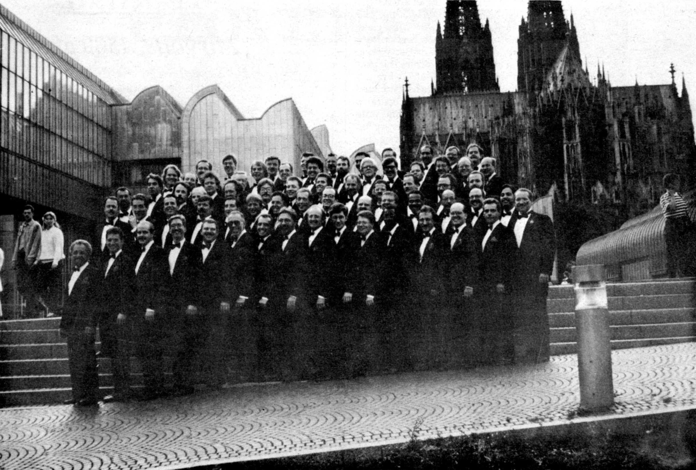 1988-Cologne Tour Photo.jpg