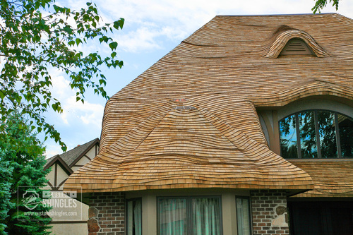 Cedar-Shingle-Roof-with-Mild-Wave-Coursing-(3).jpg