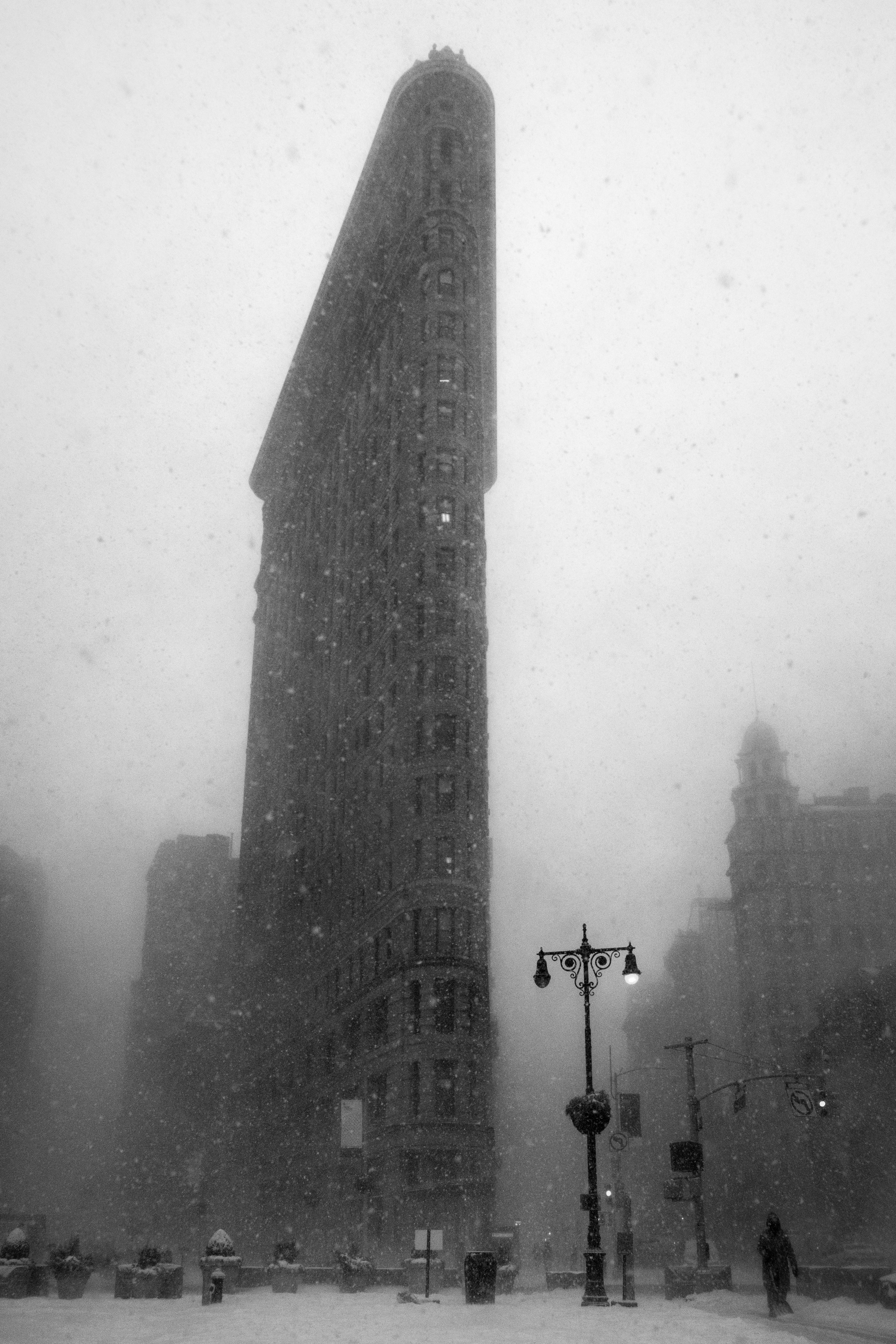 VANISHING FLATIRON BUILDING