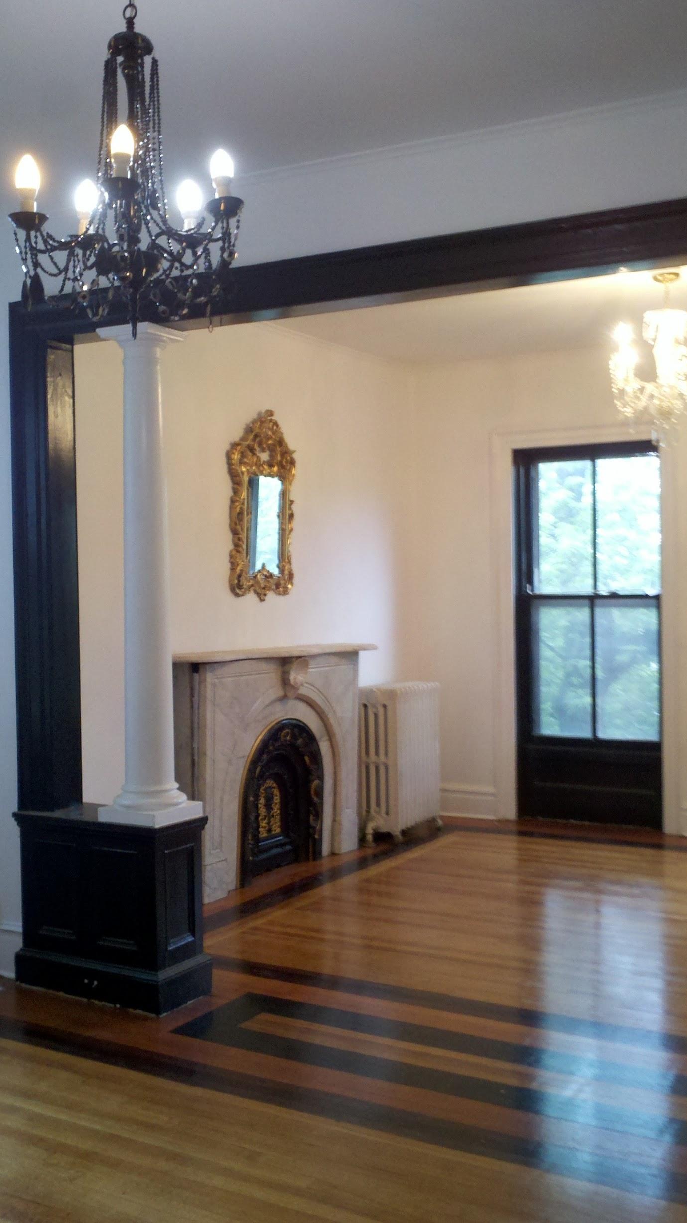 122C Living Room.jpg