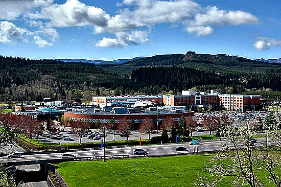 Spirit Mountain Casino. Pic credit: https://www.tripadvisor.com/Attraction_Review-g51890-d124629-Reviews-Spirit_Mountain_Casino-Grand_Ronde_Oregon.html