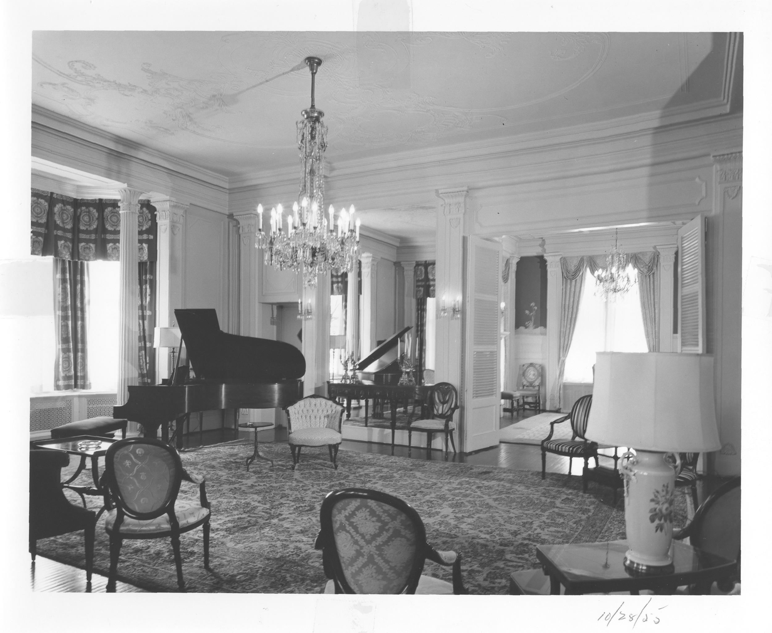 10-28-55 Interior IHPA.png