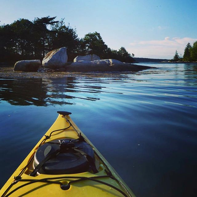 Whether you're paddling around the Cove on a paddle board or kayaking the ocean coastline, adventure accompanies all island campsite reservations! Come see what the island life can bring to your vacation! Hurry to the website as space is limited! PC: @lisajwhitmer #floodscove