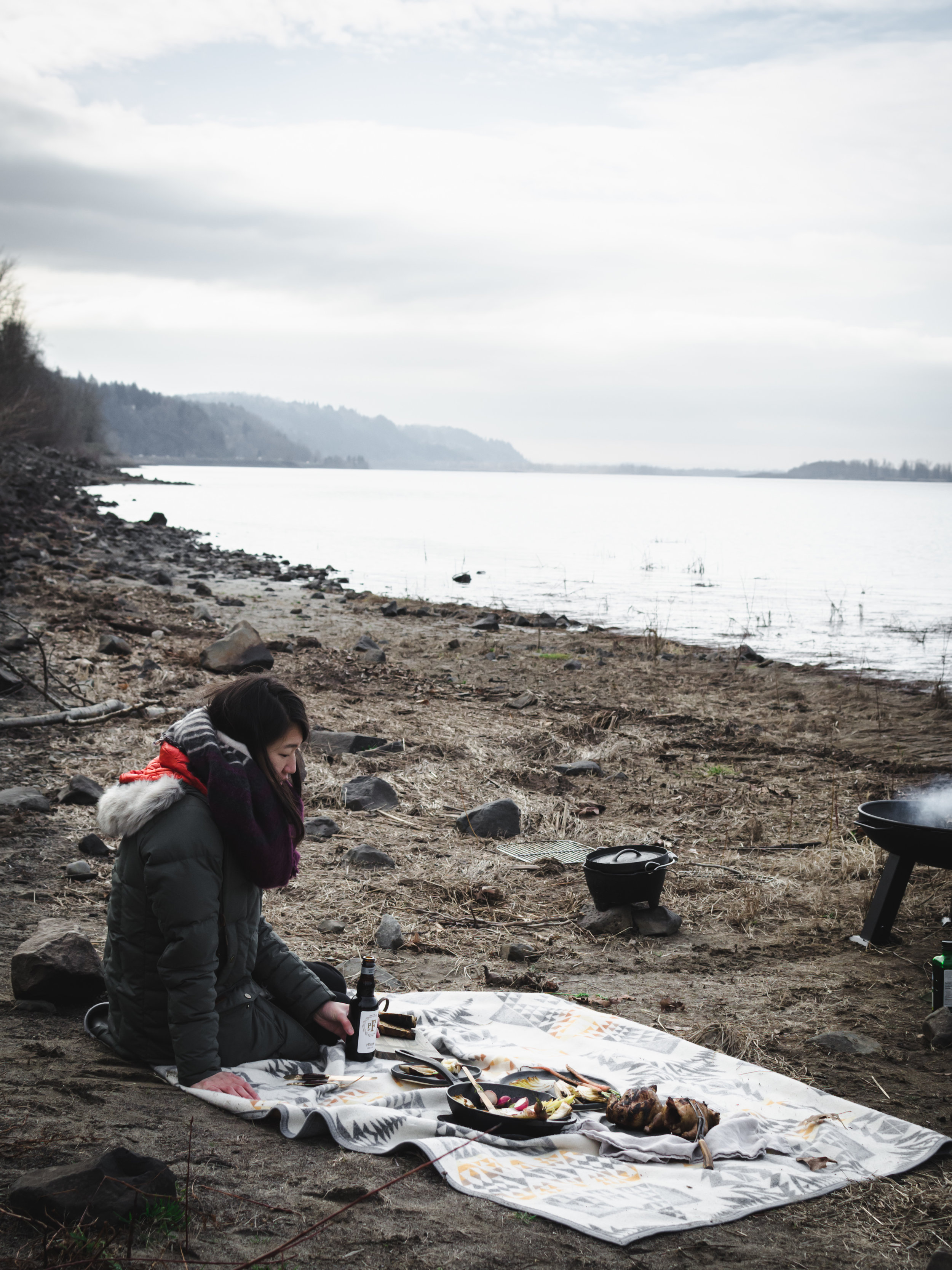 Open Fire Winter Picnic in Columbia River Gorge