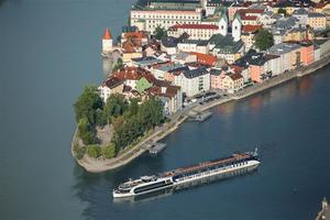AmaWaterways  Ama Waterways is an award-winning river cruise line with 20 custom-designed vessels.My affiliations with Cadence and Virtuoso allow access to possible VIP treatment or value-added amenities and exclusive offers just for you. Click  here  to browse upcoming sailings for AmaWaterways.