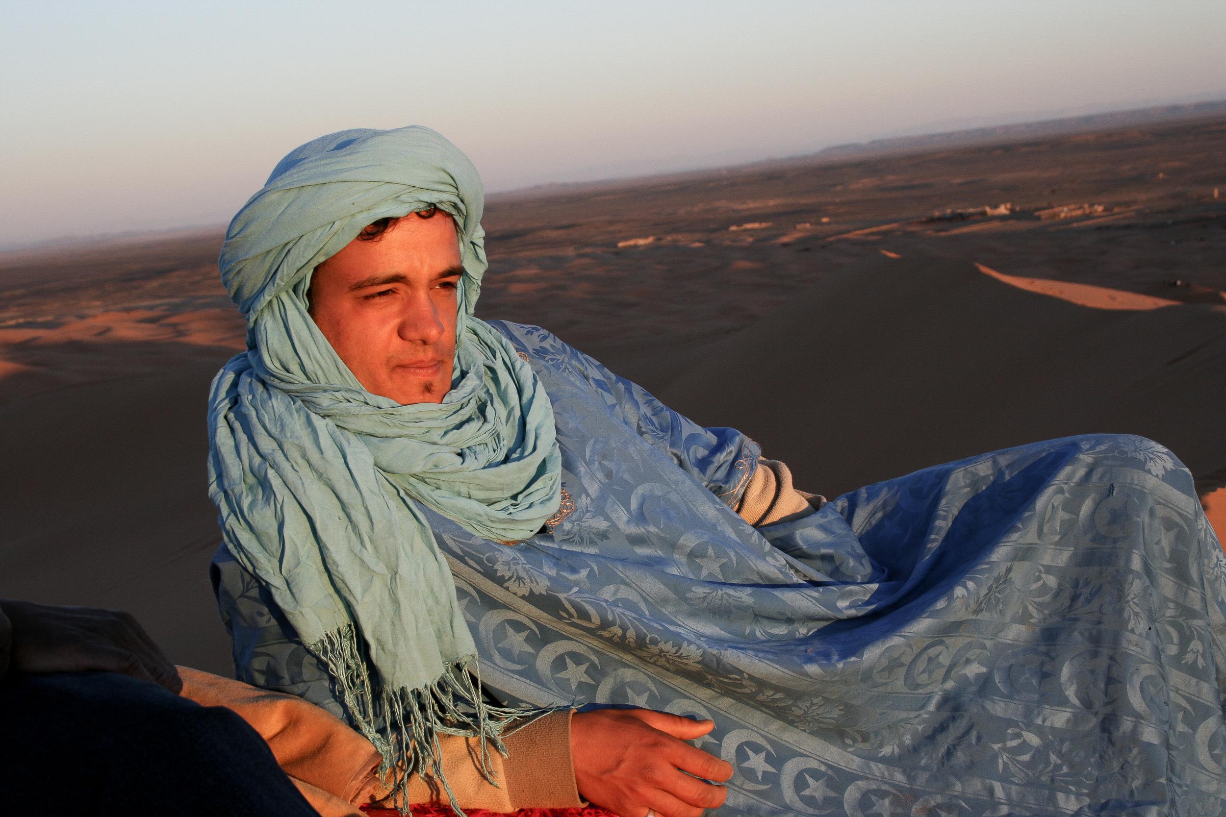 Sahara_desert_man.jpg