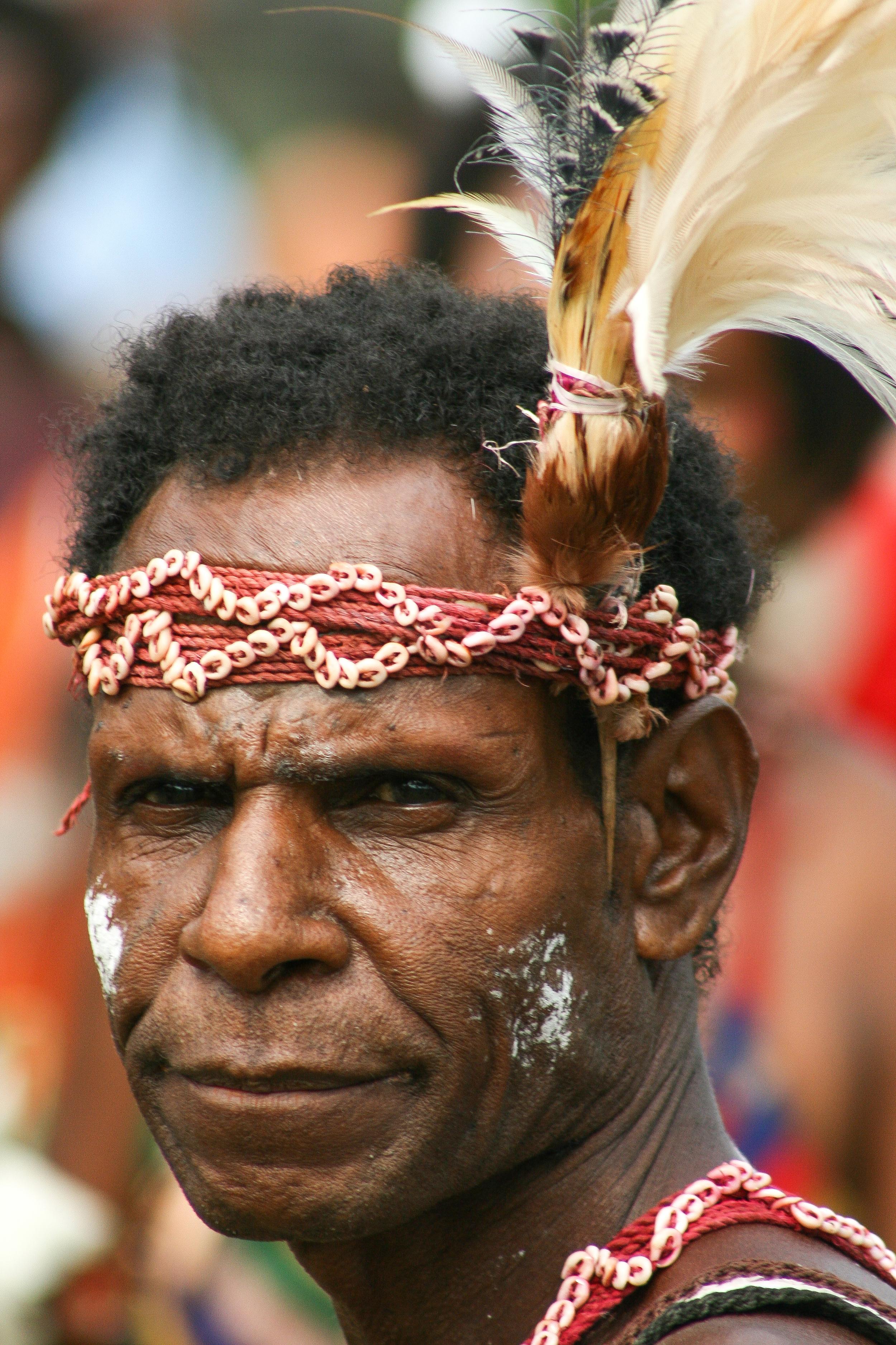Papua-New-Guinea_Man.jpg