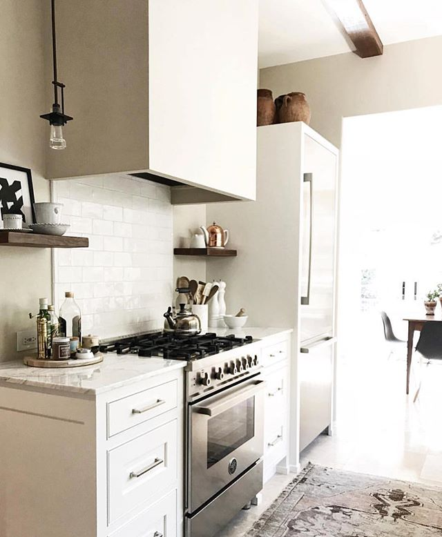 Feel free to join us over here daydreaming about @cestesdesign kitchen. Can we hang out here this weekend?
