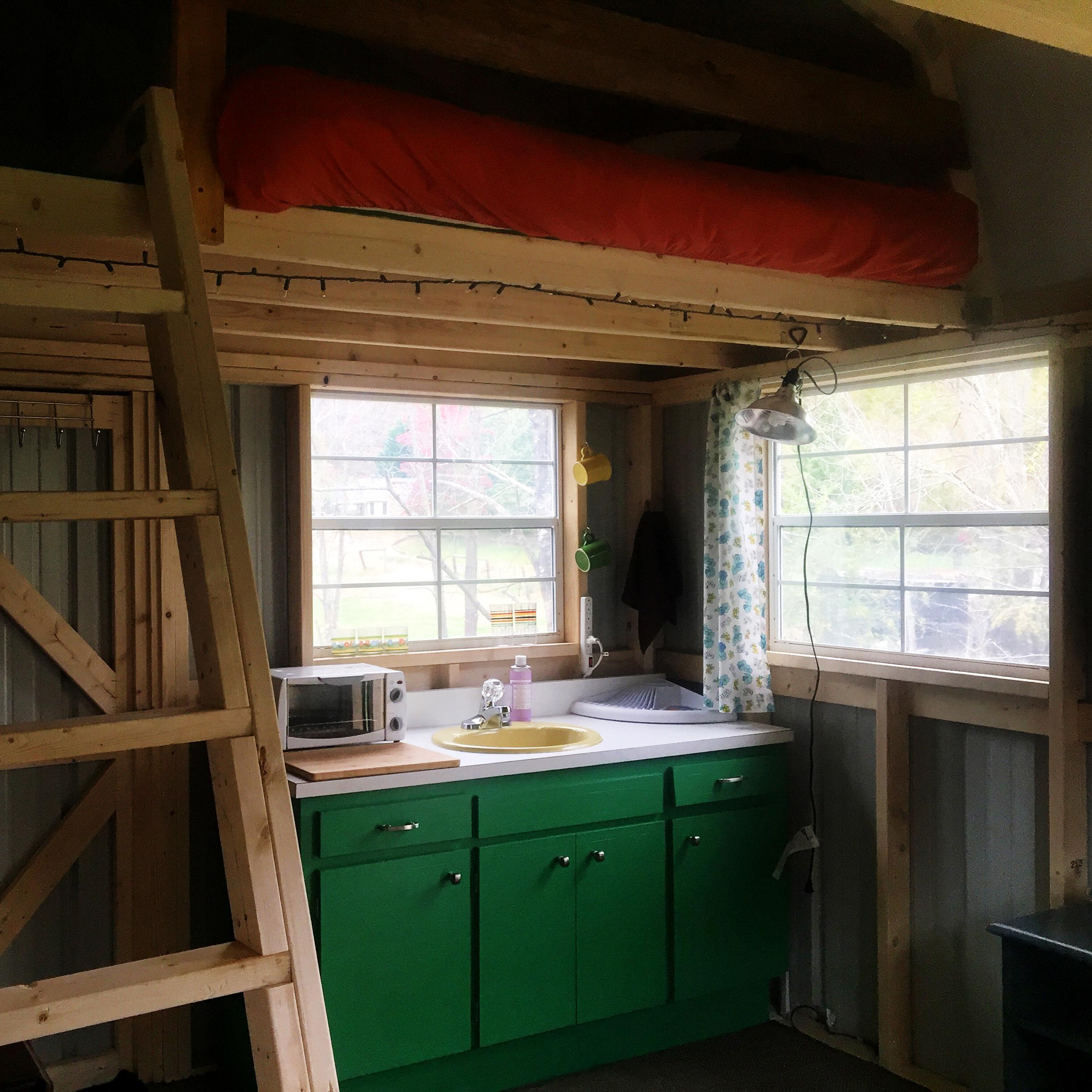 Sleeping loft & kitchenette