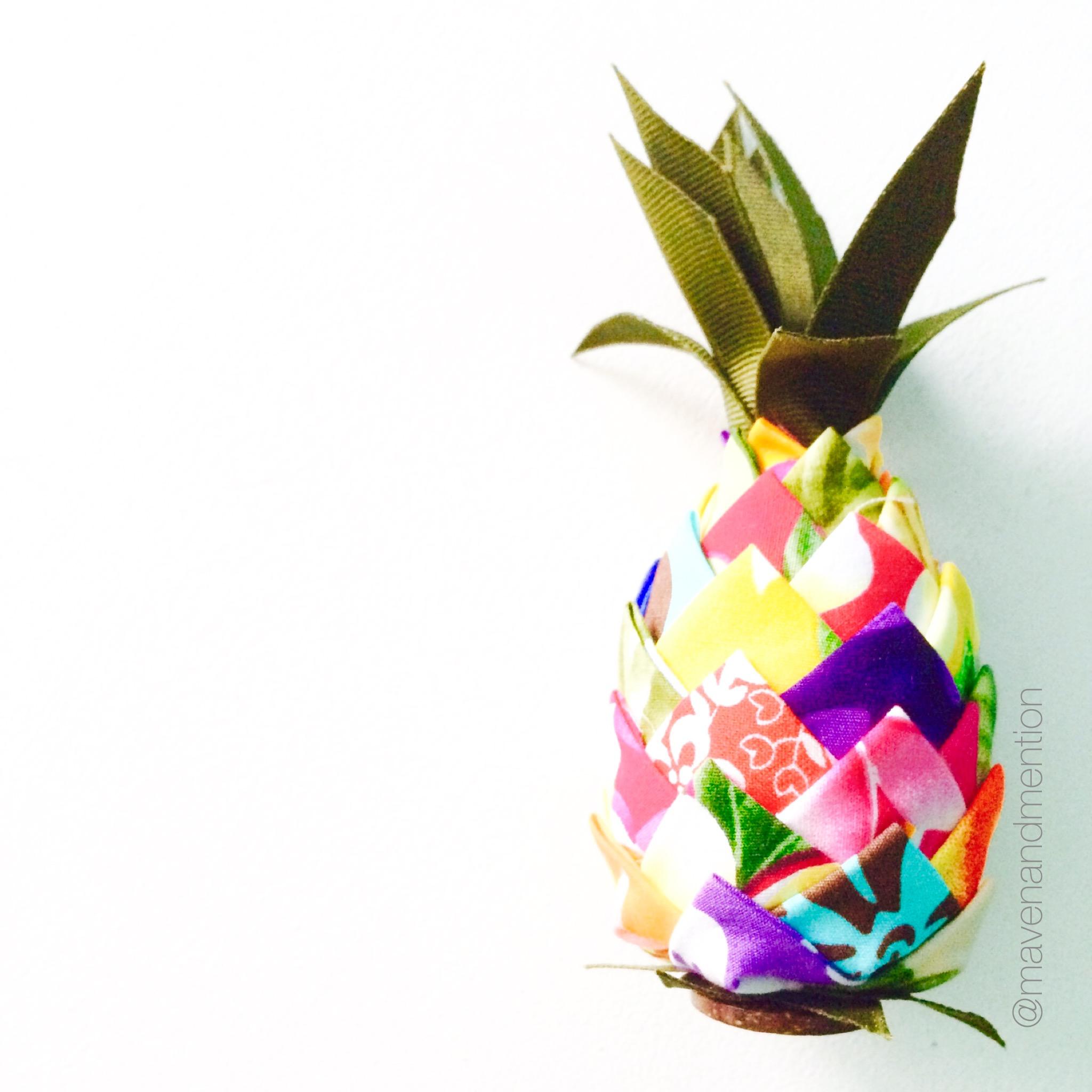Maven & Mention   dreaming of pineapples.jpg