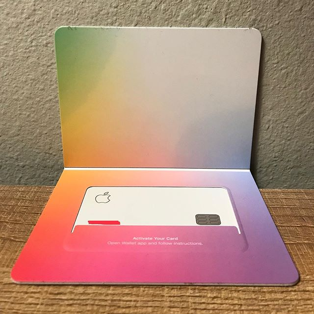 Kudos to @apple for creating such a neat looking credit card. A fine example of stealing the market with slick packaging. #experiencedesign #servicedesign #packagingdesign #appleproducts #creditcarddesign