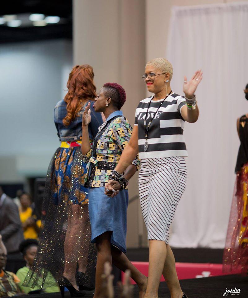 (L) Stylenspire Brand Designer: Yemisi Sanni  (R) Fashion Stylist: Coco-Cuffie