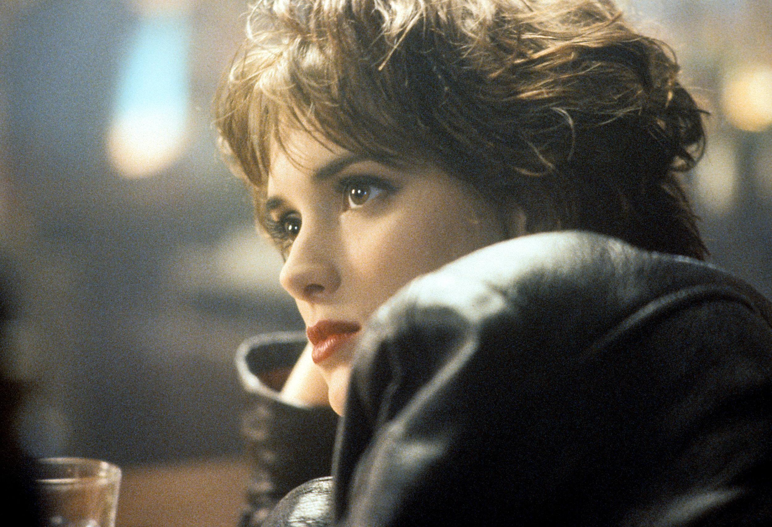 曾經紅極一時的90年代好萊塢玉女掌門人WINONA RYDER回來了
