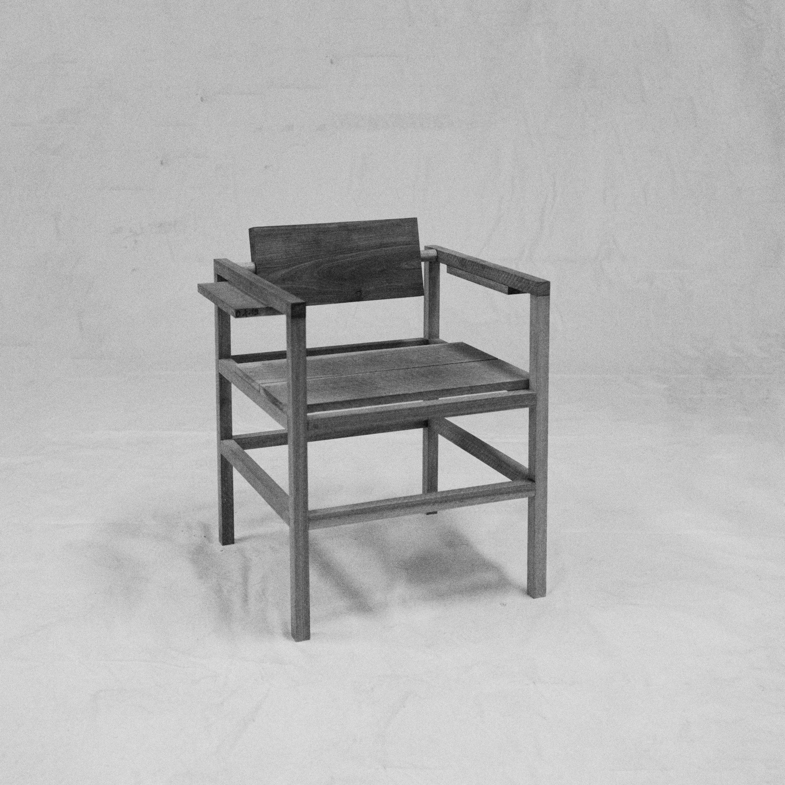 chair swivel 2.jpg