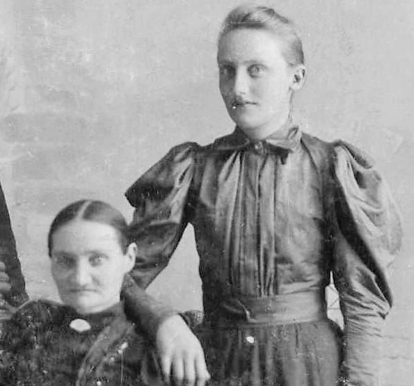 Olia & Gedskin Stein