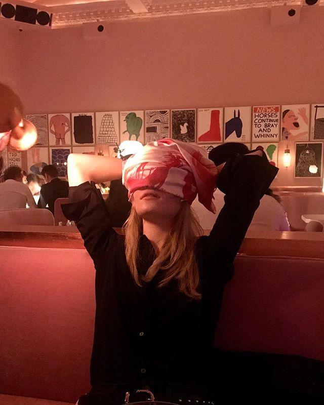 Just your average crazy night out in London... 💋 🍭 🌸 🍭 🌸 🍭 🌸 🍭 #anaisdelys #FleurSucette #silkscarf #Contemporaryart #Contemporaryartcollector #newyorkmagazine #idmagazine #Tate #moma #artnet #artsy#Whitecube #Gagosian #perrotin #chateaulacoste #elleuk #elleusa #vogue #britishvogue #vogueuk #wmagazine #harpersbazaar #vanityfair #voguejapan#howtospendit #Tefaf #FriezeNY #TheArtsClub #Frieze