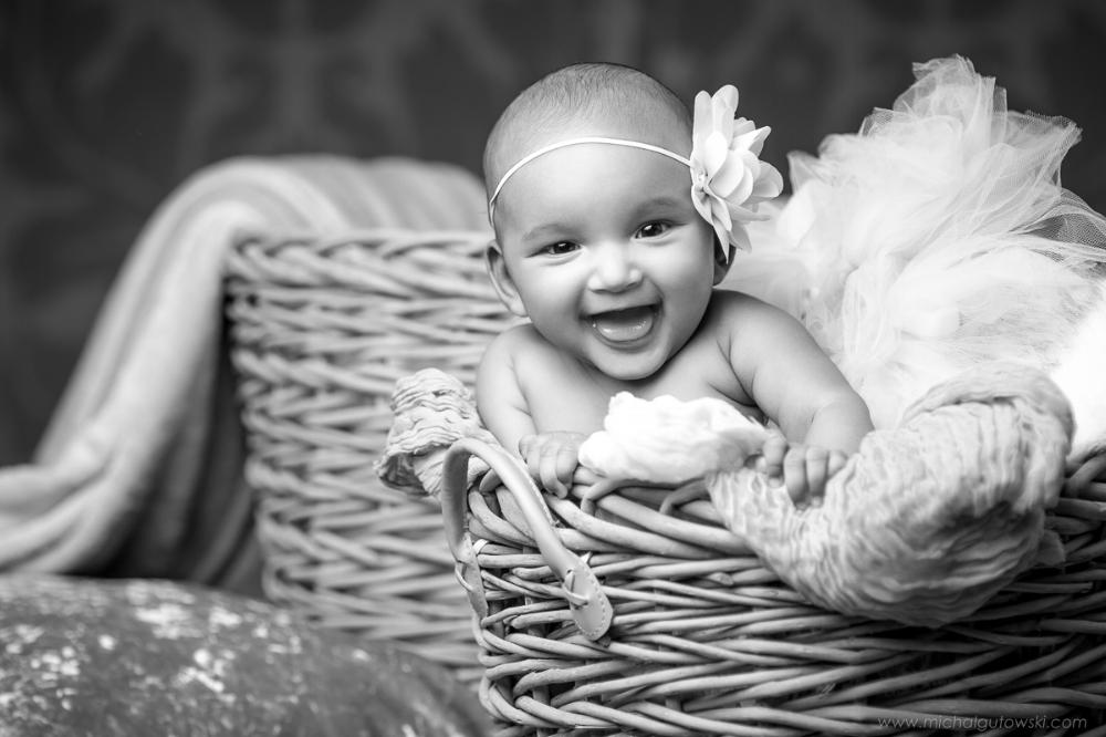 newborn session london, newborn portrait photography, newborn portrait photographer, newborn portrait photographer, london newborn portrait photographer, beautiful newborn baby, baby photos, baby photography, smiling baby photos, baby photos ideas