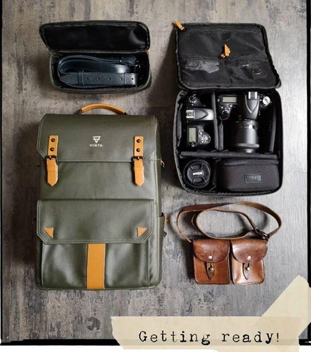 TYPE-II: Travel bag with camera field pack. #TheModernTraveler @alejandraloaizaphoto #CameraBag #CameraGear