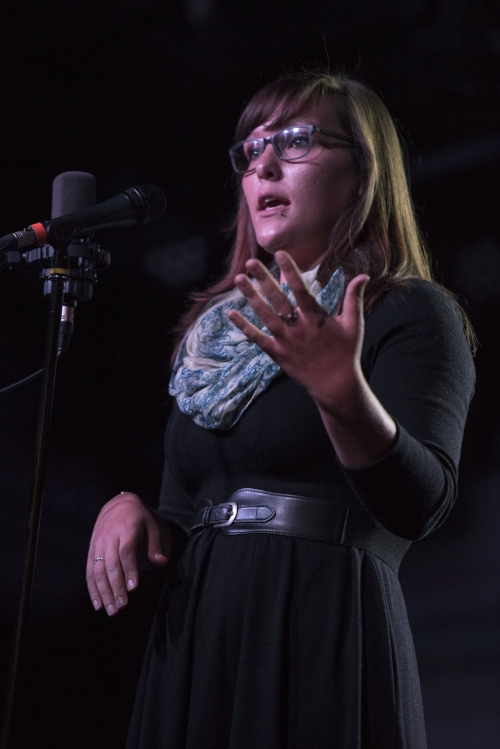 Sarah Pearl tells her story at the Ready Room in St. Louis in October 2017. Photo by David Kovaluk.