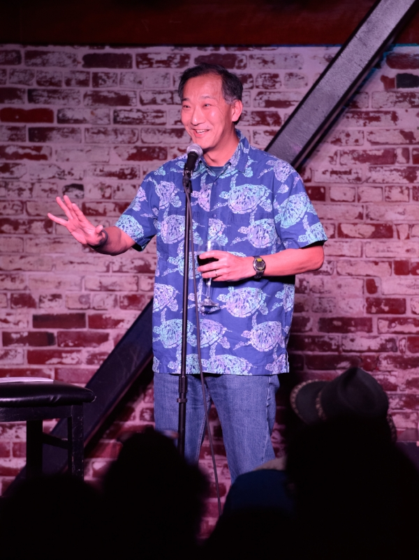 Ken Ono shares his story at The Tipsy Crow in San Diego. Photo by Ernesto Ortiz