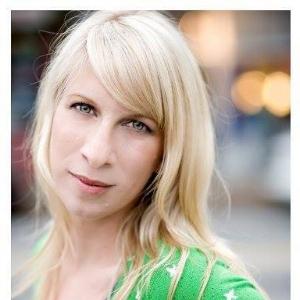 Alison headshot.jpg