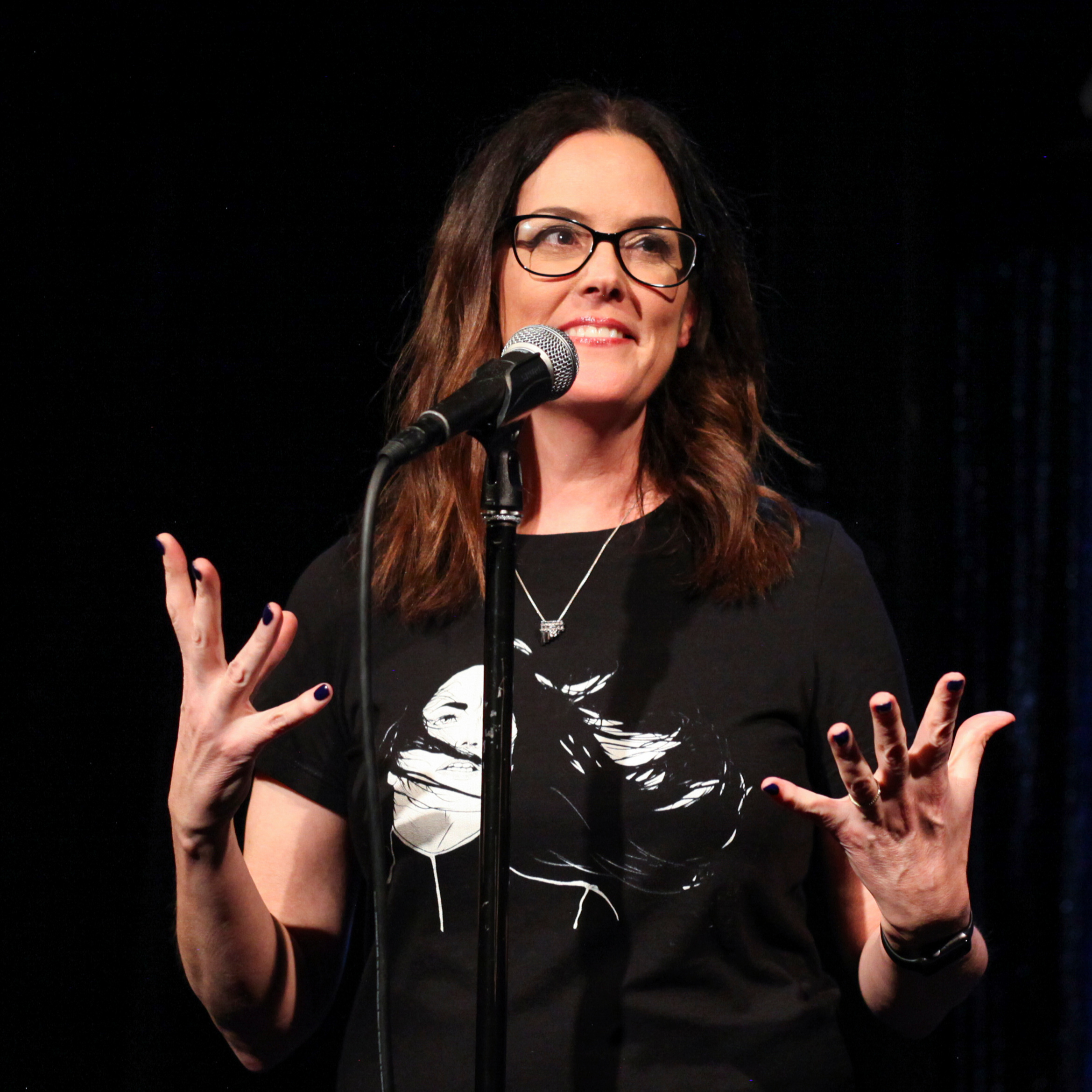 Audrey Kearns shares her story with the Story Collider audience at Lyric Hyperion in Los Angeles in February 2019. Photo by Mari Provencher.
