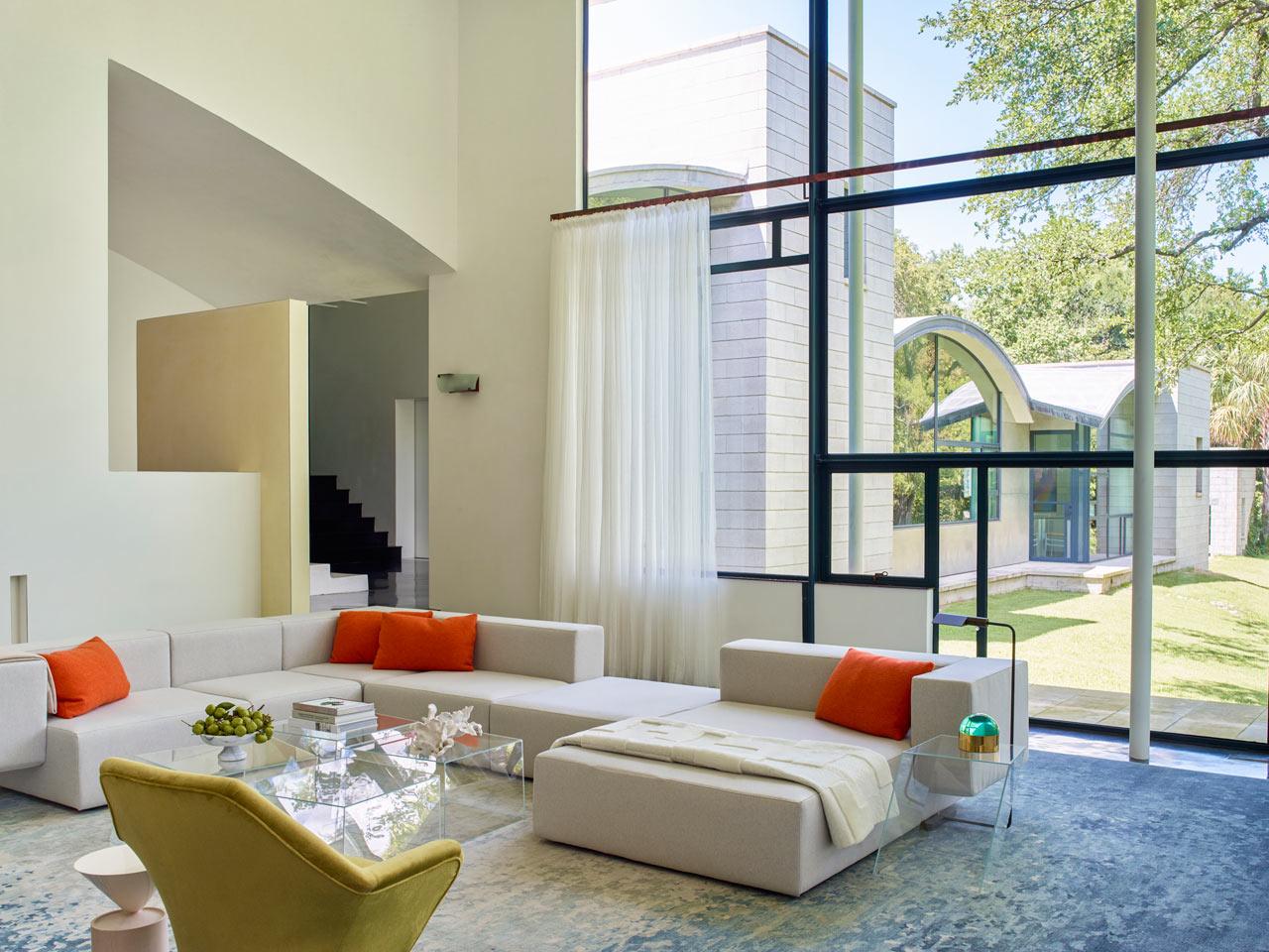 Stretto-Residence-Emily-Summers-1.jpg