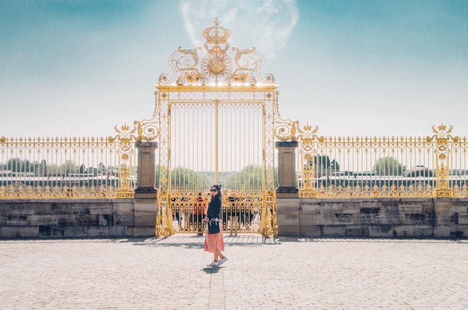 Versailles was absolutely mind-blowing- look at all that gold!