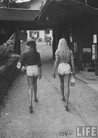 Got A Girl Crush On : Who wears short shorts?   Daisy Dukes for daysssss   (via  heatjohns :  M O O D )