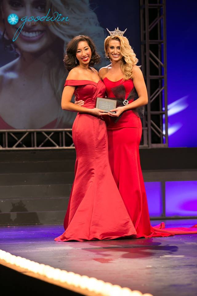 Receiving the Four Points Award from Miss Virginia 2016, Michaela Sigmon, at the Miss Virginia 2017 Pageant. Photo by Goodwin Photography.