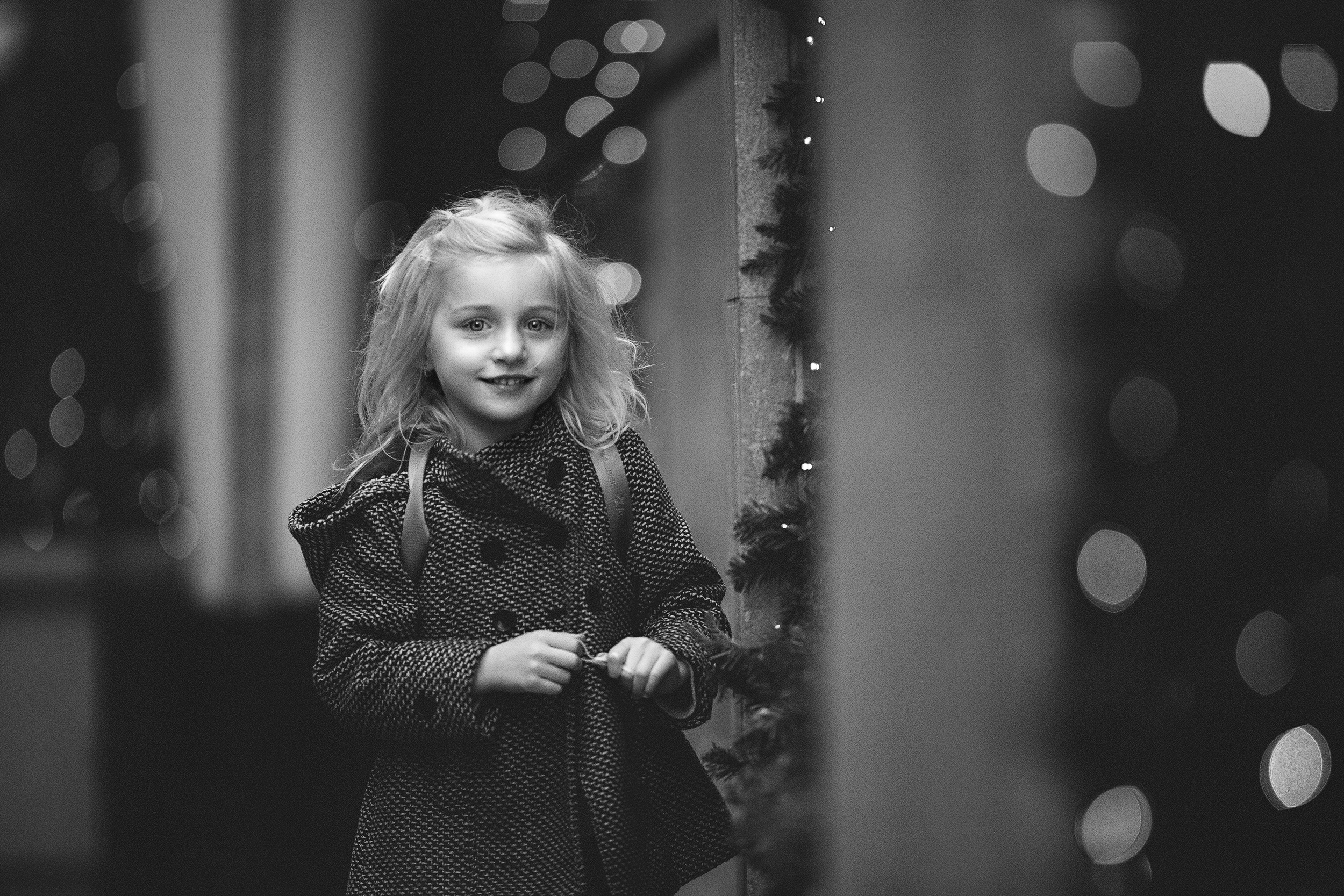 Hello-Olivia-Long-Island-NYC-Holiday-bokeh-lights
