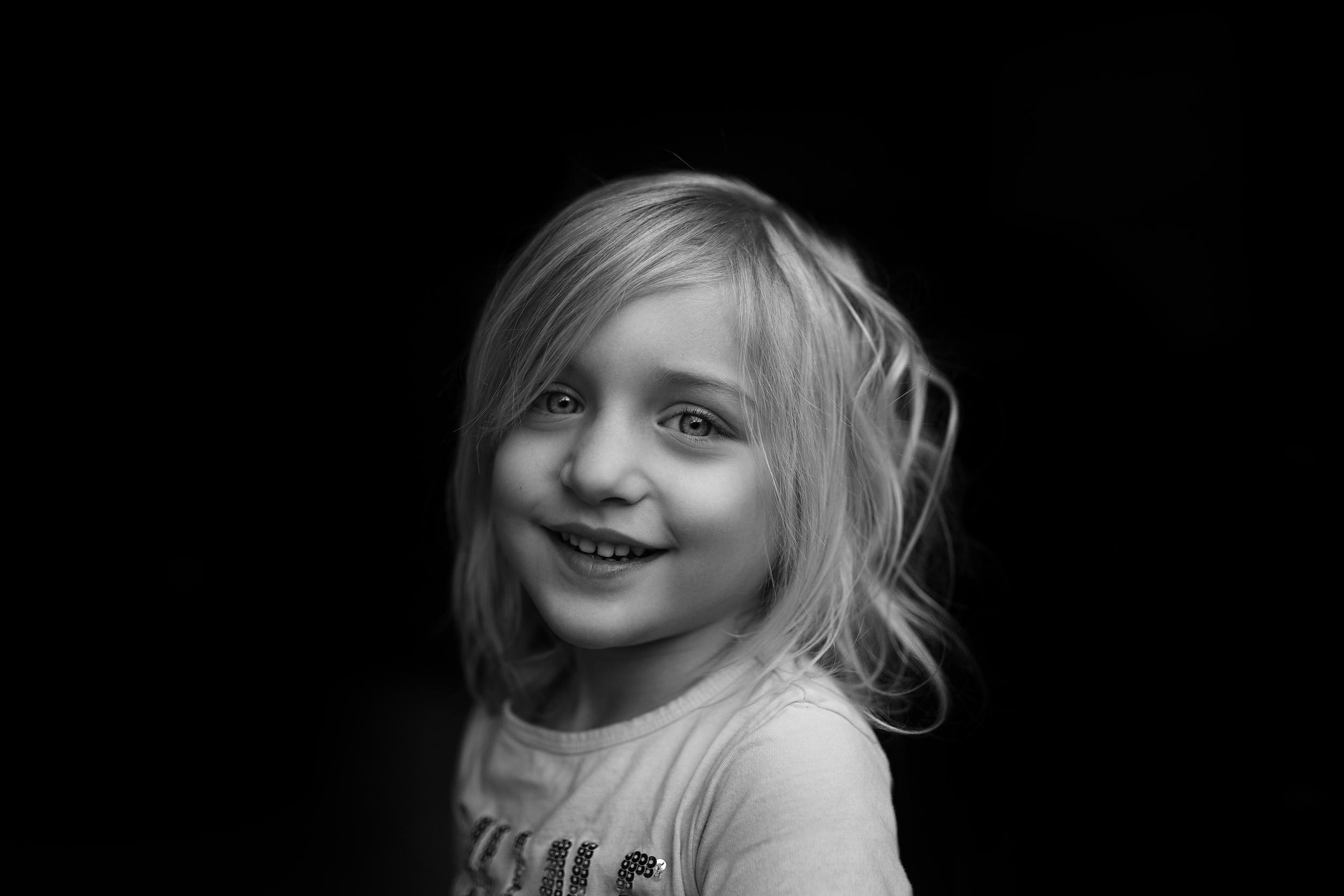 Long-Island-family-photographer-hello-olivia-photography-garage-light