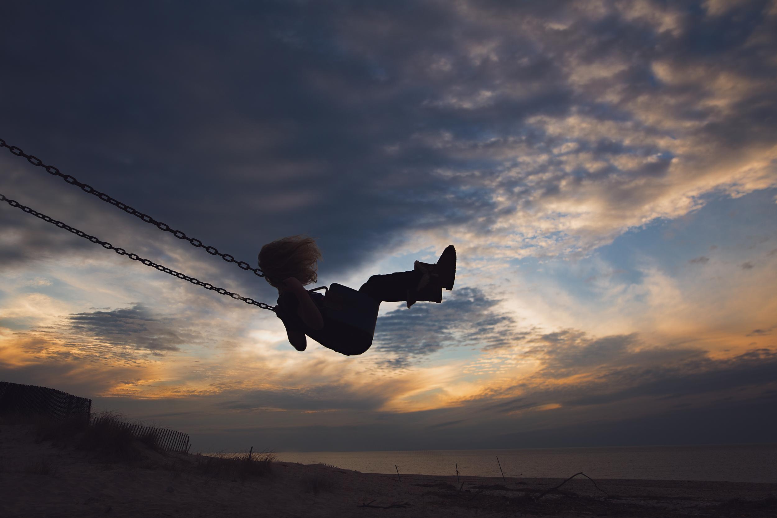 Long-Island-family-photographer-hello-olivia-photography-silhouette-sunset.jpg
