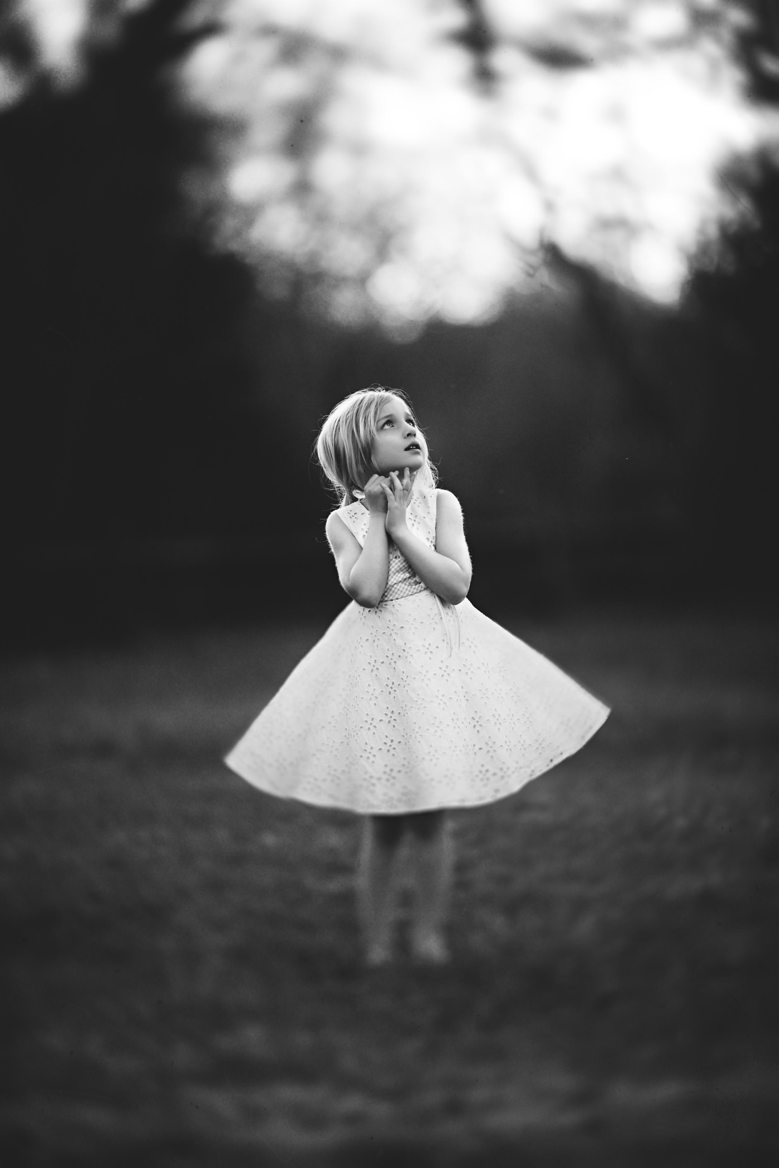 Hello-olivia-photographer-long-island-family-portrait-photographer-little-girl-in-white-dress