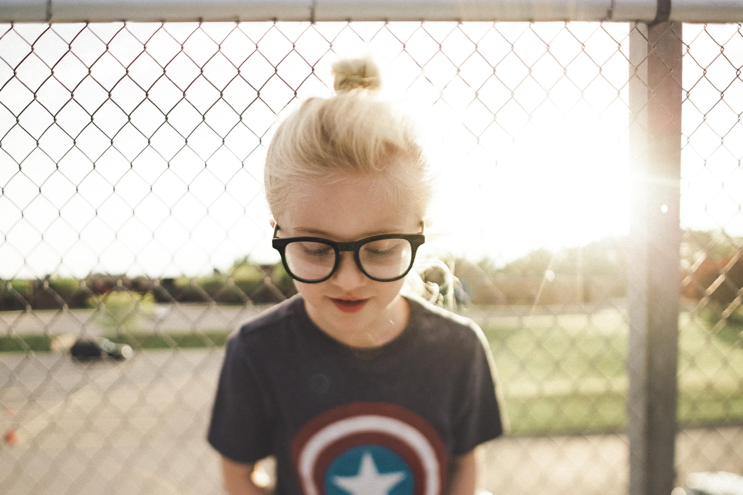 Hello-olivia-photography-long-island-family-children-childrens-lifestyle-photographer-captain-america-girl-glasses-nerd